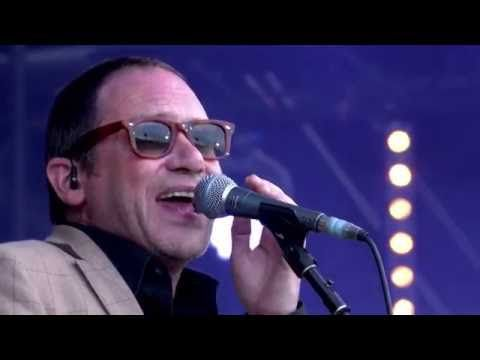 Embedded thumbnail for Ocean Colour Scene - The Riverboat Song (live at Isle of Wight Festival 2016)