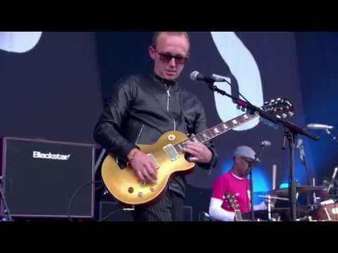 Embedded thumbnail for Ocean Colour Scene - Hundred Mile High City (live at Isle of Wight Festival 2016)