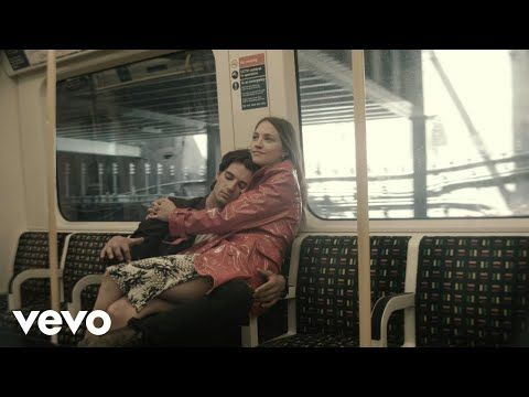 Embedded thumbnail for Wolf Alice - Don't Delete The Kisses